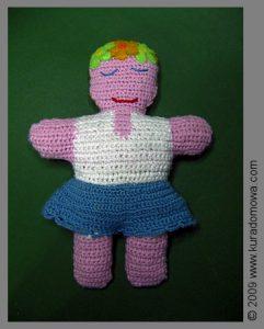 Wzór na szydełkową lalkę