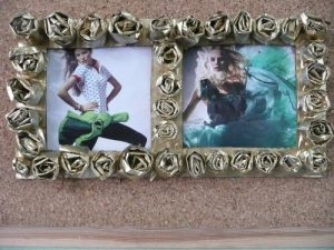 Jak zrobić zpapieru ozdobną ramkę na zdjęcia na Dzień Matki