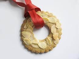 Przepis na KERSTKRANSJES – ciasteczka wkształcie wieńca na Boże Narodzenia